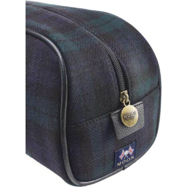 WS-BAG-03-Moon-Gents-Black-Watch-Wash-Bag-Detail-500x666